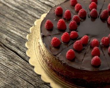 recept, raw, rawfood, raw brownie, brownie, chokladkaka, frosting, chokladfrosting
