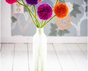 pyssel, pysseltips, garnbollar, barnpyssel, pyssel för barn, pom pom, garnbollar, pompoms, blommor, garnblommor