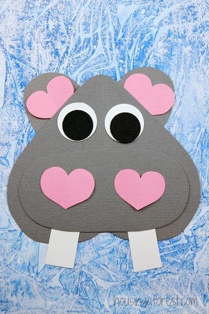 barnpyssel, pyssel för barn, pyssel, enkelt pyssel, pysseltips, pysselidé, papperspyssel, papper, flodhäst, djungeldjur