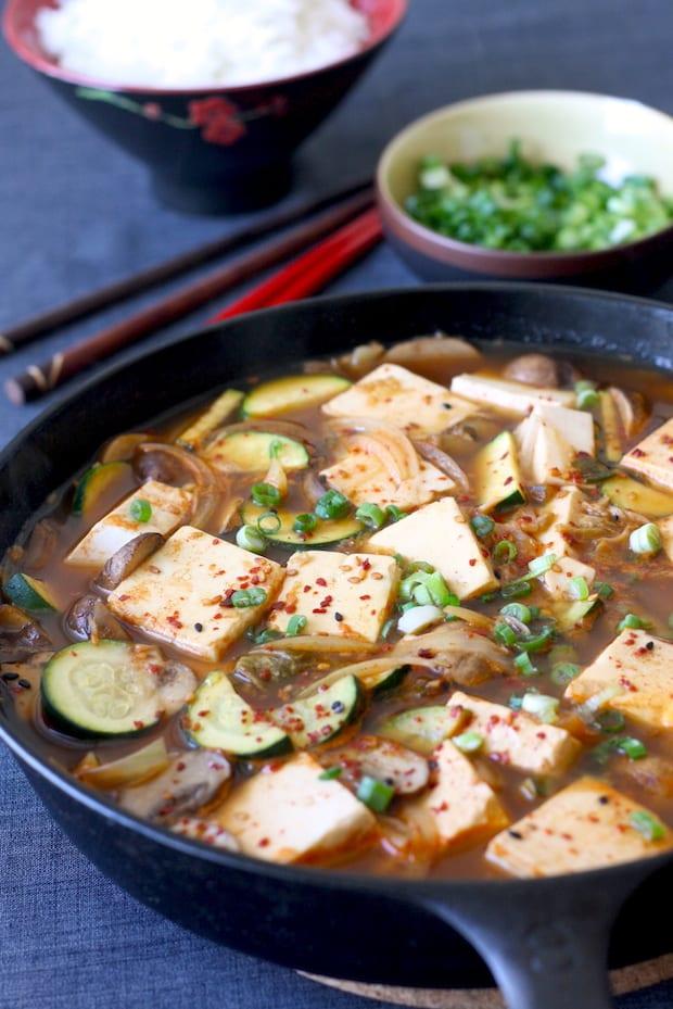mat, matlagning, recept, vegetarisk mat, tofu, koreansk mat, tofugryta, gryta, grytor, vego