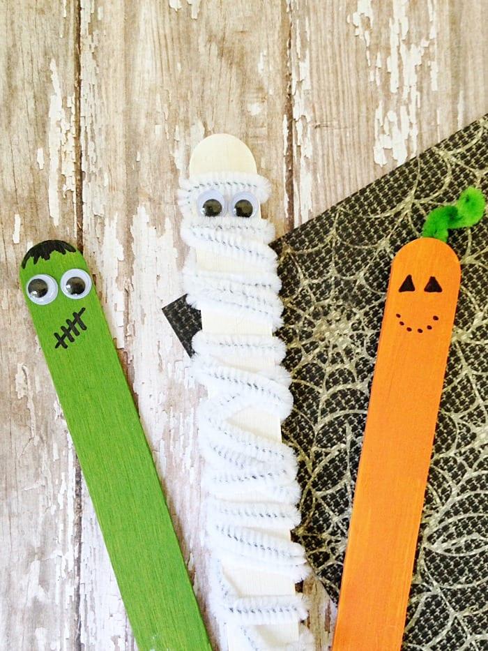 pyssel, pyssla, pysseltips, pysselidé, skapa, barnpyssel, familjepyssel, pyssel för barn, bättre hälsa, bra hälsa, må bra, kreativitet, skapande, skaparglädje, glasspinne, glasspinnar, återbruk, Halloween, halloweenpyssel, halloweenmonster, måla med färg