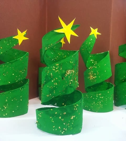 pyssel, pyssla, pysseltips, pysselidé, skapa, barnpyssel, familjepyssel, pyssel för barn, bättre hälsa, bra hälsa, må bra, kreativitet, skapande, skaparglädje, jul, julen, pyssel inför jul, julpyssel, toarulle, toarullar, toarulle pyssel, gran, julgran