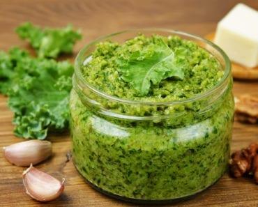 recept, vego, vegetarisk, pesto, vegansk, vegetarisk pesto, vegansk pesto, grönkål, pesto på grönkål, valnöt, valnötter