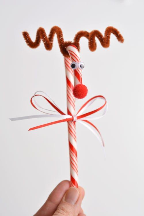 pyssel, pyssla, pysseltips, pysselidé, skapa, barnpyssel, familjepyssel, pyssel för barn, bättre hälsa, bra hälsa, må bra, kreativitet, skapande, skaparglädje, jul, julen, pyssel inför jul, julpyssel, polkagris, ren, godis