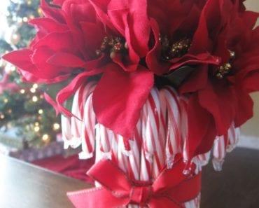 pyssel, pyssla, pysseltips, pysselidé, skapa, barnpyssel, familjepyssel, pyssel för barn, bättre hälsa, bra hälsa, må bra, kreativitet, skapande, skaparglädje, jul, julen, pyssel inför jul, julpyssel, godis, polkagris, blomkruka, kruka, polkagriskruka, blomsterarrangemang