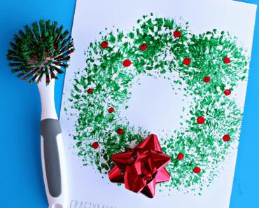 pyssel, pyssla, pysseltips, pysselidé, skapa, barnpyssel, familjepyssel, pyssel för barn, bättre hälsa, bra hälsa, må bra, kreativitet, skapande, skaparglädje, jul, julen, pyssel inför jul, julpyssel, måla, hobbyfärg, målarfärg, diskborste, måla med diskborste, julkrans, krans