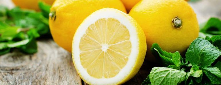 citron, citroner, citronsaft, citronjuice, juice, hälsa, må bra, bra hälsa, bättre hälsa, huskurer, huskur, kur, kroppskur, hår, hårvård, kroppen, kroppsvård, huvdvård