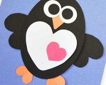 pyssel, pysseltips, pysselidé, inspiration, kreativitet, skapa, skapande, barns skapande, vinter, vinterpyssel, pyssla, pyssel för barn, barnpyssel, pyssel för skola, pyssel för förskola, familjepyssel, pingvin, pingvinpyssel, papperspyssel, Alla hjärtans dag, kort, Alla hjärtans dag-kort, present, Alla hjärtans dag-present, klippa, klistra, hjärtan