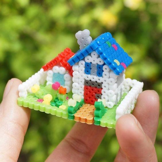 pärla, pärlplatta, pärlplattor, mönster, pärlplattemönster, 3D, hus, trädgård, hus med trädgård
