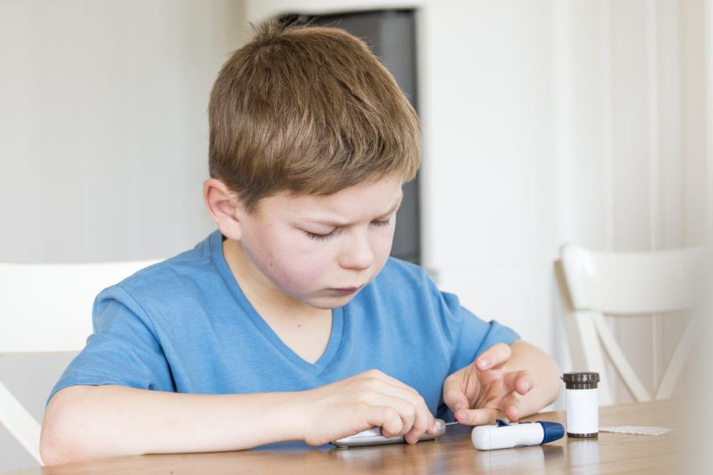 barn med diabetes, diabetes, barn, diabetes typ 1, anhörig, förälder, diabetesförälder, autoimmun sjukdom, kronisk sjukdom