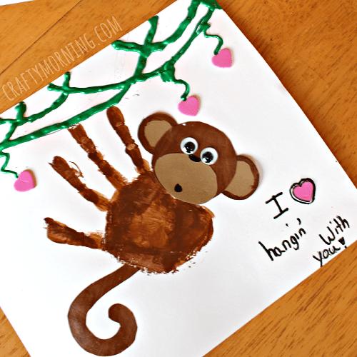 pyssel, pysseltips, pysselidé, barnpyssel, pyssel för barn, apa, apor, busiga apor, handavtryck, måla, måla med händerna