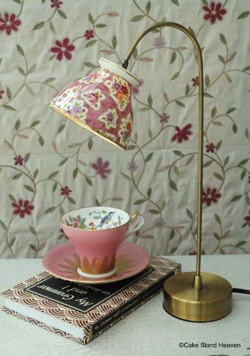 pyssel, diy, hem, inredning, remake, loppisfynd, gamla kaffekoppar, gamla tekoppar, pyssla med koppar, gör en lampa, lampa av tekopp, lampa av kaffekopp