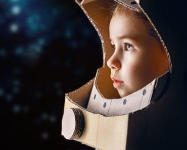 pyssel, pysseltips, pysselidé, barnpyssel, pyssel för barn, rymden, böcker om rymden, bok om rymden, astronaut, lära sig om rymden, lära sig om universum, barnrum, inredning