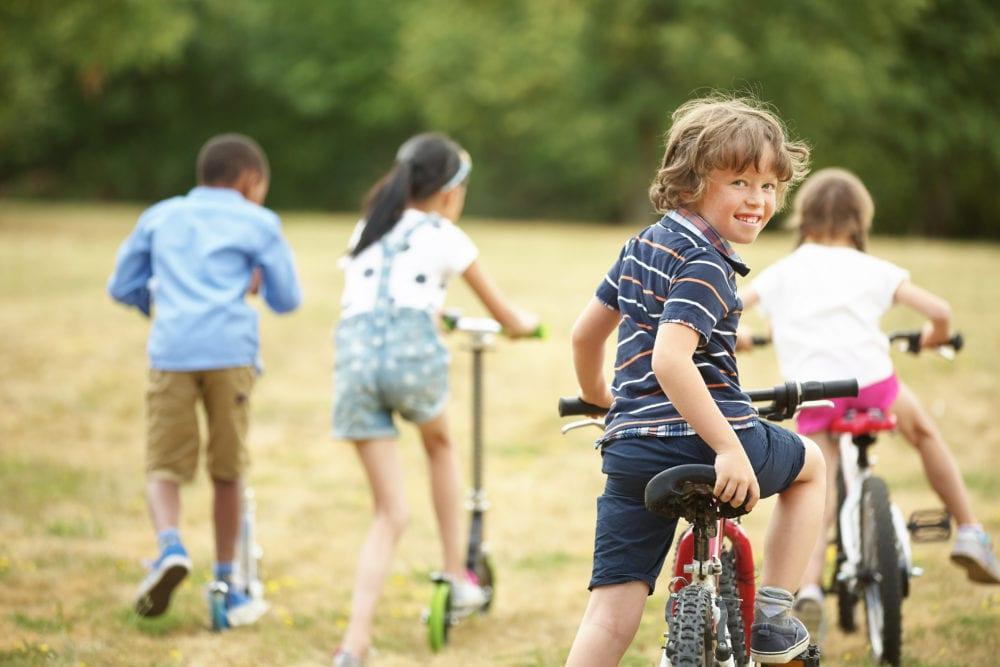 barn lek, lekkompetens, barnlekar, barn lärande, barn utveckling, kommunikation, viktigt att leka, barn, psykologi, barnpsykologi, bättre hälsa, hälsa, må bra