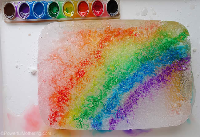 regnbågsexperiment, färgexperiment, salt på is, måla på is, smält isen