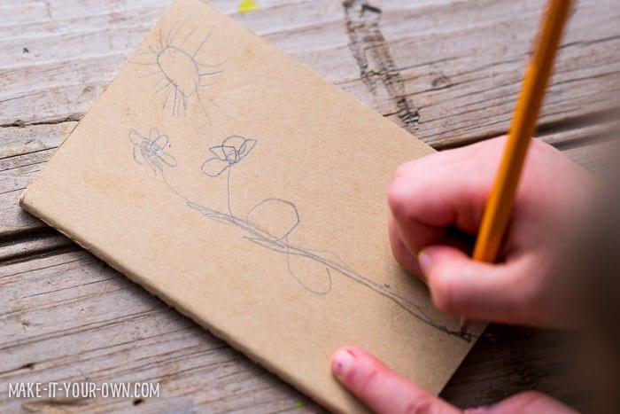 Pysseltips – brodera barnens teckningar på en anteckningsbok, rita teckning