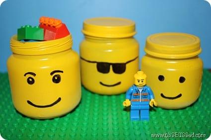pyssel, pyssla, pysseltips, pysselidé, förvaring, inredning, LEGO, LEGO-figurer, glasburk, barnmatsburk