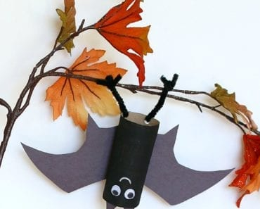 pyssel, pyssla, pysseltips, pysselidé, skapa, barnpyssel, familjepyssel, pyssel för barn, bättre hälsa, bra hälsa, må bra, kreativitet, skapande, skaparglädje, Halloween, halloweenpyssel, fladdermus, toarulle, toarullar