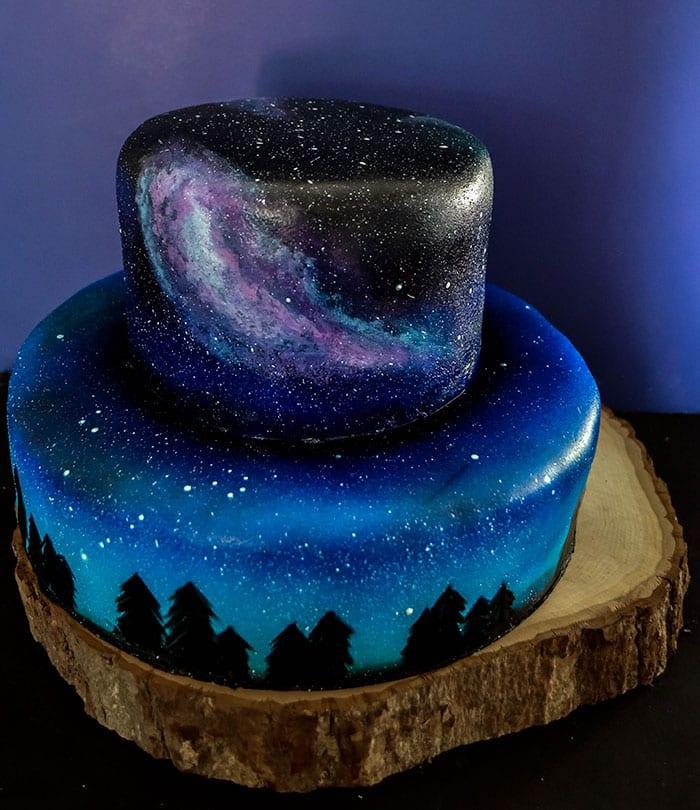 galax, stjärnor, galaxmönster, tårta, bakverk, cupcake, kaka, kakor, stjärnhimmel, tårtdekor, dekorera bakverk, inspiration, pyssel, pysseltips, baktips, pyssla, baka