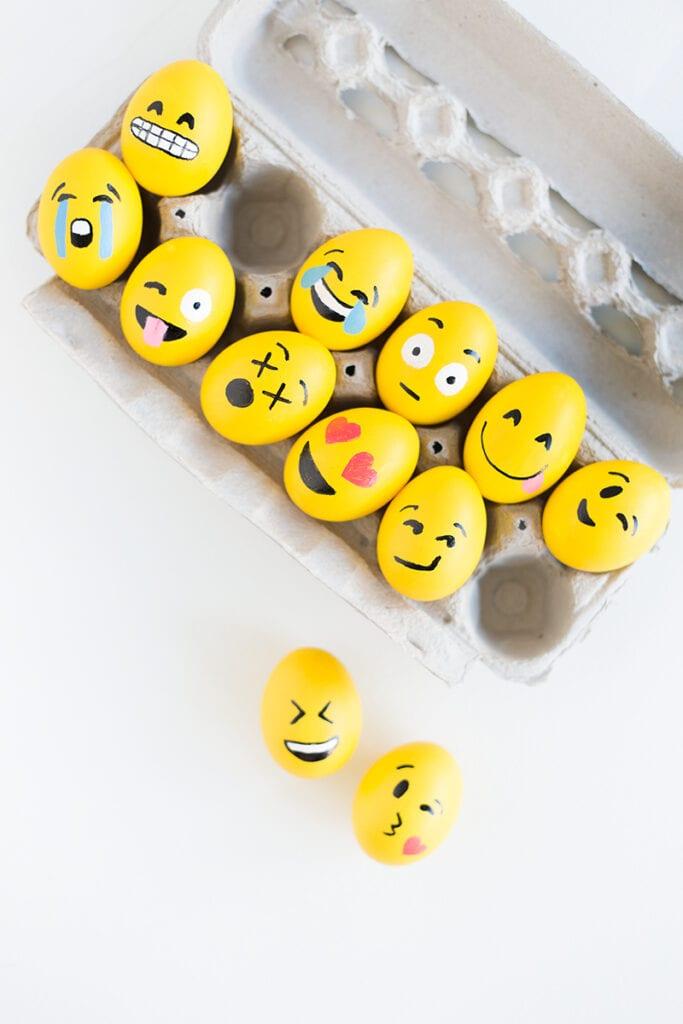 påsk, påskpyssel, pyssel, pysseltips, pysselidéer, måla ägg, emoji, smiley