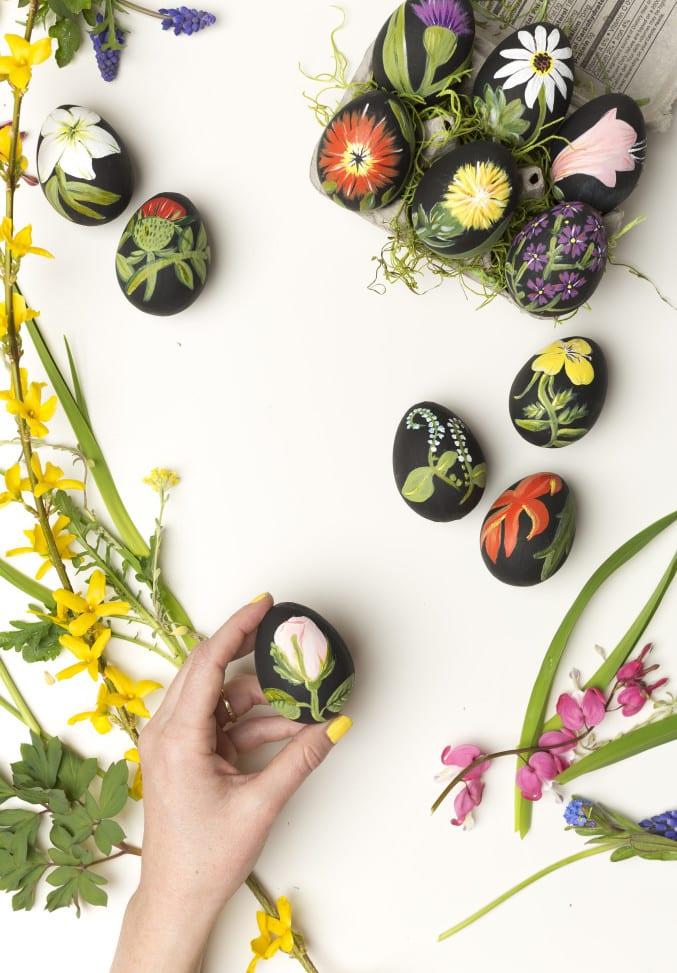 påsk, påskpyssel, pyssel, pysseltips, pysselidéer, måla ägg, botaniska blommor, klassiska blommor, blommotiv