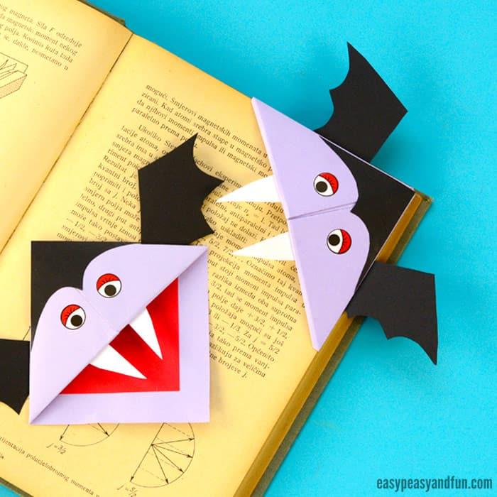 pyssel, pysseltips, pysselidé, barnpyssel, pyssel för barn, origami, vika papper, vika bokmärke, vika hörnbokmärke, vampyr