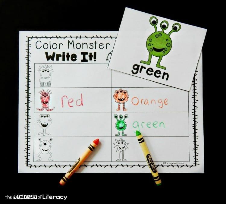 aktiviteter för barn, barnaktiviteter, pyssla och lek, knep och knåp, lektioner, skola, lektionstips, förskola, vad heter färgerna på engelska, lära sig engelska, engelska