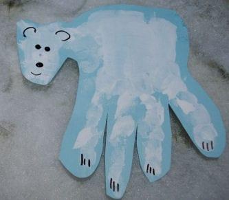 pyssel, pysseltips, pysselidé, barnpyssel, pyssel för barn, vinterpyssel, isbjörnar, handavtryck, måla med händerna