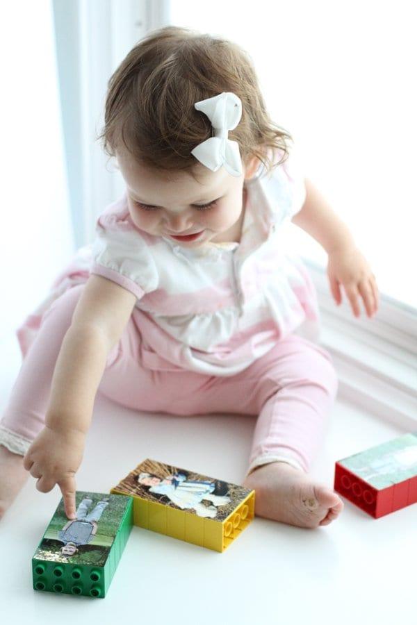 aktiviteter för barn, barnaktiviteter, pyssla och lek, knep och knåp, lektioner, skola, lektionstips, förskola, LEGO Duplo, pussel, fotopussel, foton på barn, pyssla med foton på barn