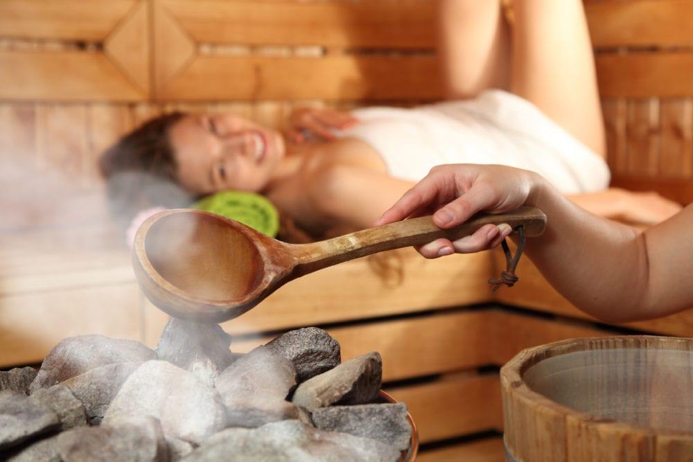 bastu bra för hälsan, bastubad, händer i kroppen, bättre hälsa, hälsa, må bra, bra hälsa
