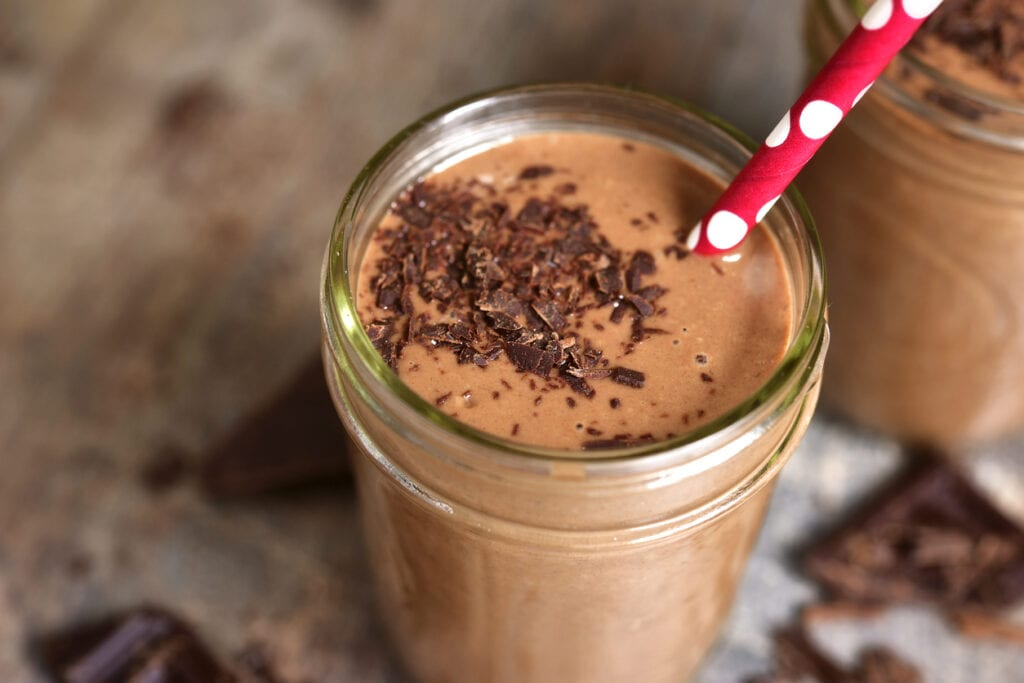 efterrätt med choklad, banan- och chokladsmoothie, choklad smoothie, smoothie med choklad