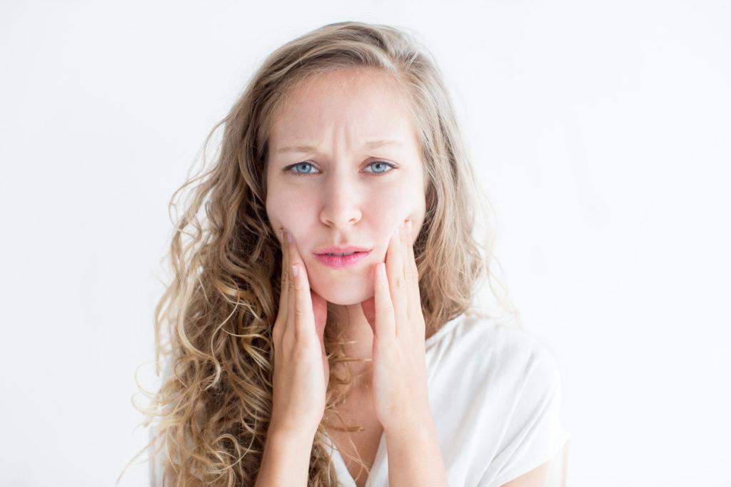 slappna av i ansiktet, ansiktsspänningar, spänningar i ansiktet, övningar för avslappning