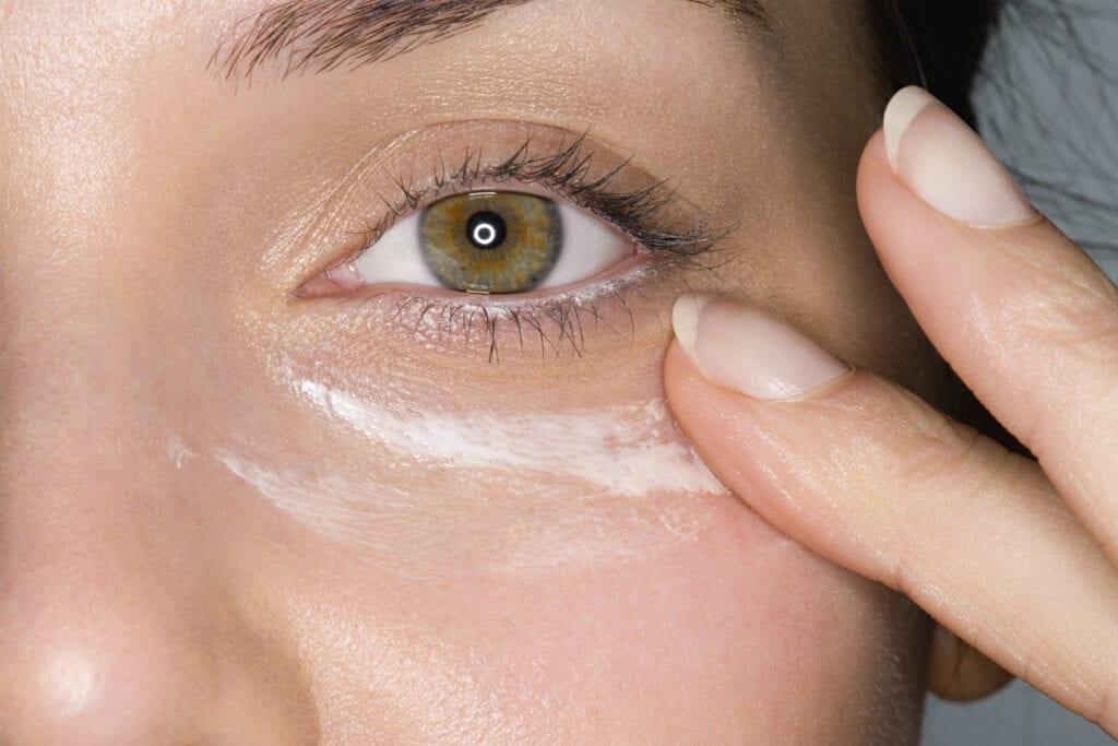 tips på att använda ögonkräm